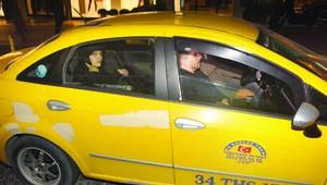 Gonca Vuslateri ile Ali Biçim taksiyle kaçtı