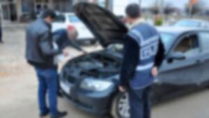 Savcı çalıntı otomobilden parça çalan polise 12 yıl istedi