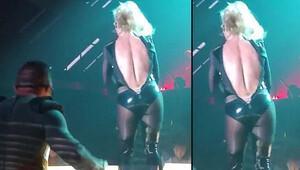 Britney Spears'ın fermuarı patladı