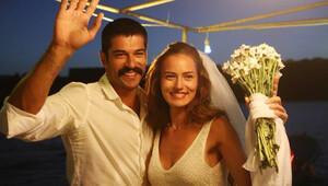 Türkiye'nin en sevilen çifti Fahriye Evcen ile Burak Özçivit oldu