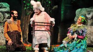 Tiyatro, martta 5 ilde 13 temsille seyirci karşısına çıkacak