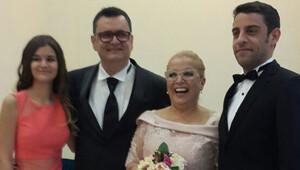 Dağhan Külegeç annesi Ayşe Erbulak'ın nikah şahidi oldu