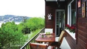 Boğaz'a karşı bir balkon