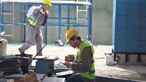 Karayolları'nda 3 bin 500 taşeron işçiye kadro