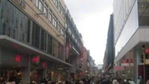İsveç bombacısının ardındaki sır perdesi aralanıyor