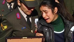 Şehit Teğmen'in Altuğ Pek'in kız kardeşi: Ne olur uyan ağabey