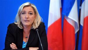 Aşırı sağcılar: Fransızlar ülkede güvende değil