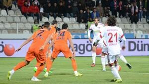 Medicana Sivasspor 2-2 Medipol Başakşehir