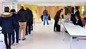 Fransa'da bölgesel seçimler başladı