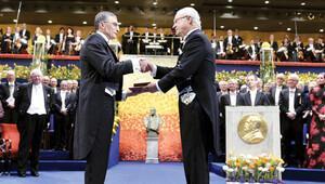 Bu ödülü 19 Mayıs'ta Anıtkabir'de Atatürk'e sunacağım