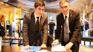 Nobelli Prof. Dr. Aziz Sancar Türk öğrenci ile buluştu