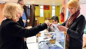 Fransa'da bölgesel seçimlerin sonuçları belli oldu