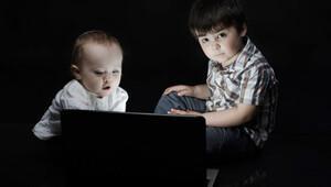 Çocuklara 3 yaşına kadar ekran izni vermeyin