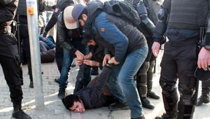 Hasan Ferit Gedik davası gergin başladı: 10 gözaltı