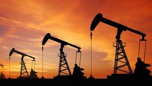 Petrol bir günde yüzde 5 yükseldi