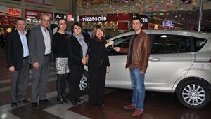 Park Bornova talihlisi otomobilini teslim aldı