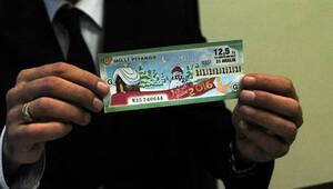 Tüm rakamları '1' olan bilet PTT şubesinde heyecan yarattı