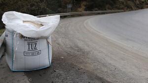İstanbul'da karlı günler için 40 bin tuz torbası