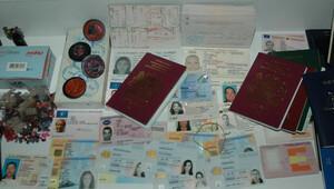 Suriyeli'den 15 bin dolara Photoshop'la sahte pasaport