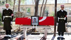Şehit Onbaşı İstanbul'da toprağa verildi