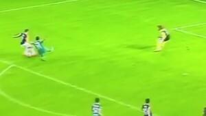 Van Persie'den mest eden gol!