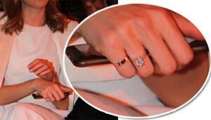 Sinem Kobal'ın Tektaş Yüzüğü Görüntülendi!