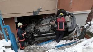 Buzlu yol kazası ucuz atlatıldı