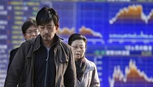 Asya 'panik satışla' çakıldı