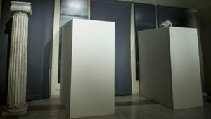 İranlılar, İtalya'nın Ruhani için heykel sansürüyle dalga geçti