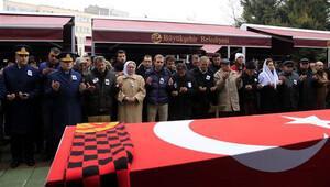 Şehit uzman çavuş Eskişehir'de gözyaşlarıyla toprağa verildi
