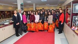 Hakkarili öğrencilerden Göztepe'ye ziyaret