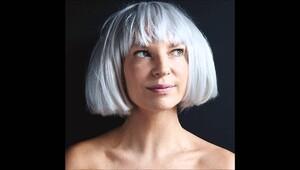 30'larının sonunda tek başına star: Sia