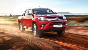 Türkiye'de 50 bini aşarak tarihi rekor kıran Toyota, çıtayı yükseltti
