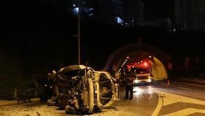 Şişli'de otomobil yaklaşık 15 metreden yola düştü: 2 yaralı