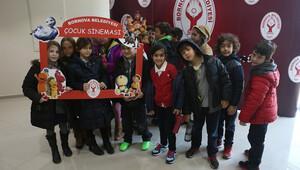 Bornova'da çocuk sinema günleri
