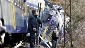 Almanya'daki 'Ölüm treni'ndeki Türkler korkunç kazayı anlattı
