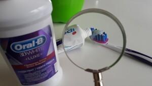 Beyaz ve sağlıklı dişlere kavuşmanın en pratik 5 yolu