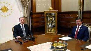 Cumhurbaşkanı Erdoğan Başbakan Davutoğlu ile görüştü
