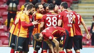 Galatasaraylı futbolcular prim nedir unuttu!