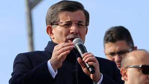 Başbakan Davutoğlu: Halep'in etnik kıyım yoluyla boşaltılmasına izin vermeyeceğiz
