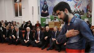 Başbakan Davutoğlu Erzincan'da cemevini ziyaret etti
