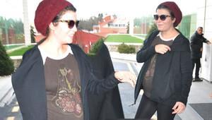 Selma Ergeç, yakın arkadaşı Nur Fettahoğlu'nu ziyaret etti
