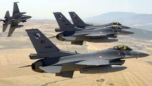 12 F-16 Suriye sınırında devriye uçuşu yaptı