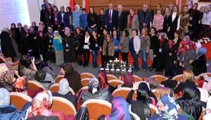 'Anne Üniversitesi'nde ikinci yıl