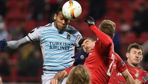 Spor yazarları Lokomotiv Moskova-Fenerbahçe maçı için ne dedi?