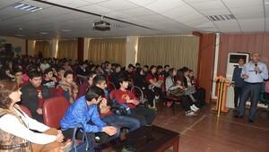 Gençlere şiddet ve bağımlılık semineri