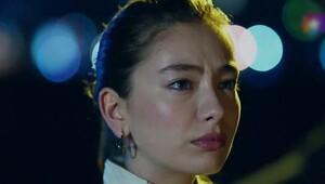 Güzel oyuncu Neslihan Atagül kimdir?
