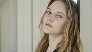 Alina Boz: Oyunculuk yürümezse psikolog olurum