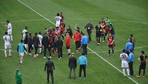 Akhisar'ın golüne antrenörlerden onay