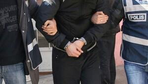 İzmir'de HDP'li 8 yönetici tutuklandı